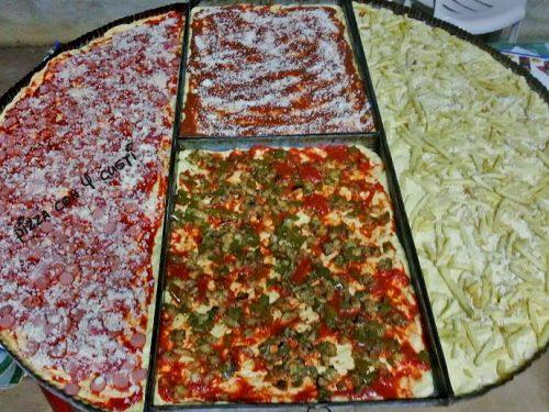 Pizza con patate peperone e prosciutto