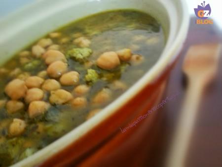 zuppa ceci e cavolfiore