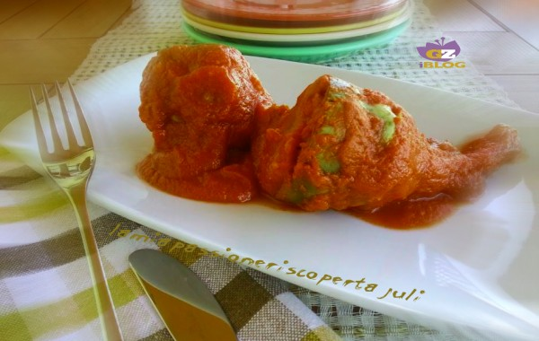 Carciofi ripieni con mollica e salsa