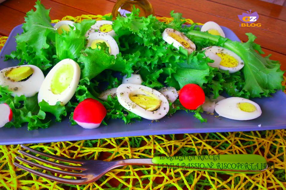 Insalata riccia ravanelli e uova
