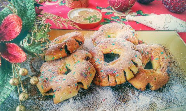 Biscotti ripieni di fichi secchi siciliani