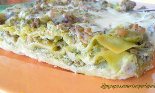 Lasagne broccoletti e salsiccia con besciamella