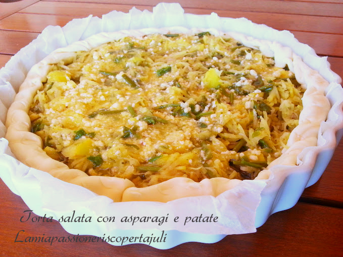 torta salata con asparagi e patate