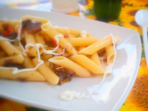 Pasta fredda con salsa maionese