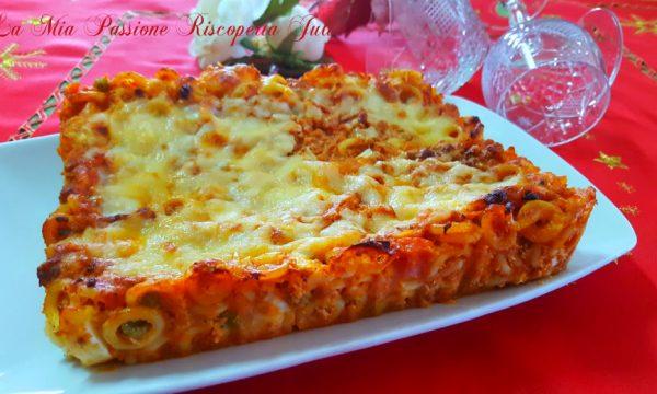 Anelletti al forno pasta tipica Siciliana