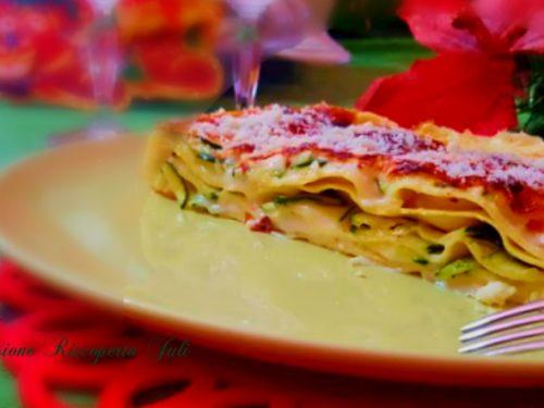 Lasagne con zucchine e besciamella al forno