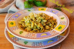 Gnocchetti sardi con pesto di basilico