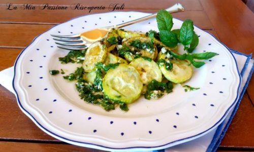 Zucchina siciliana con trito di aglio e menta