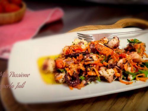 Polipo con carote e aromi