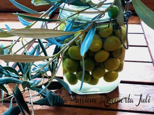Olive verdi in salamoia ricetta siciliana