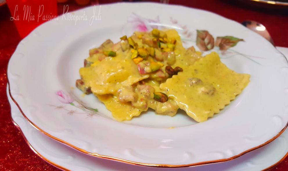 Ravioli con cernia e crema di pistacchio