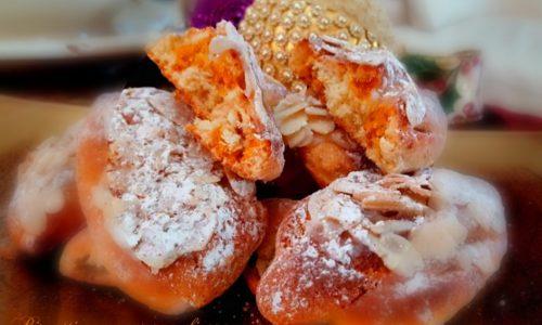 Biscotti con conserva di arance