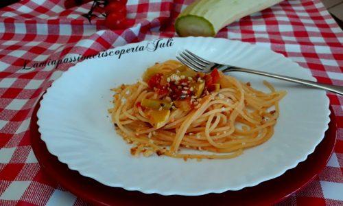 Spaghetti con zucchina bianca siciliana
