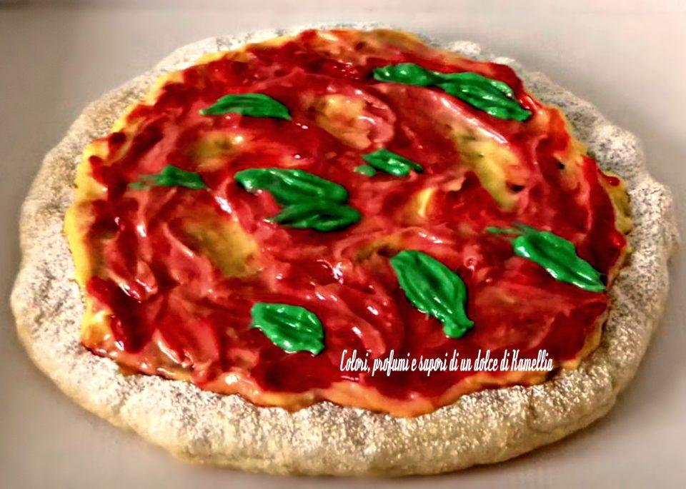 dolce forma di pizza pronto