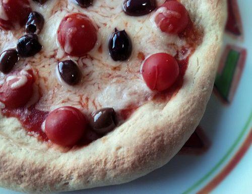 PIZZA CON TUMMINIA FATTA IN CASA