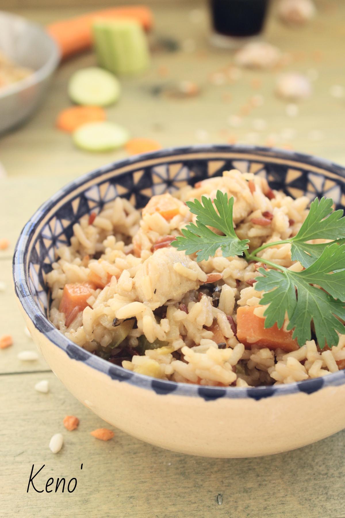 Insalata di riso basmati con pollo verdure-soia