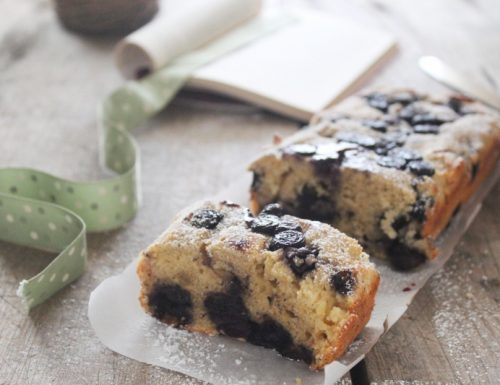 Plumcake con ricotta e mirtilli senza burro
