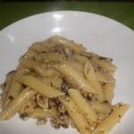 Penne radicchio,noci e gorgonzola