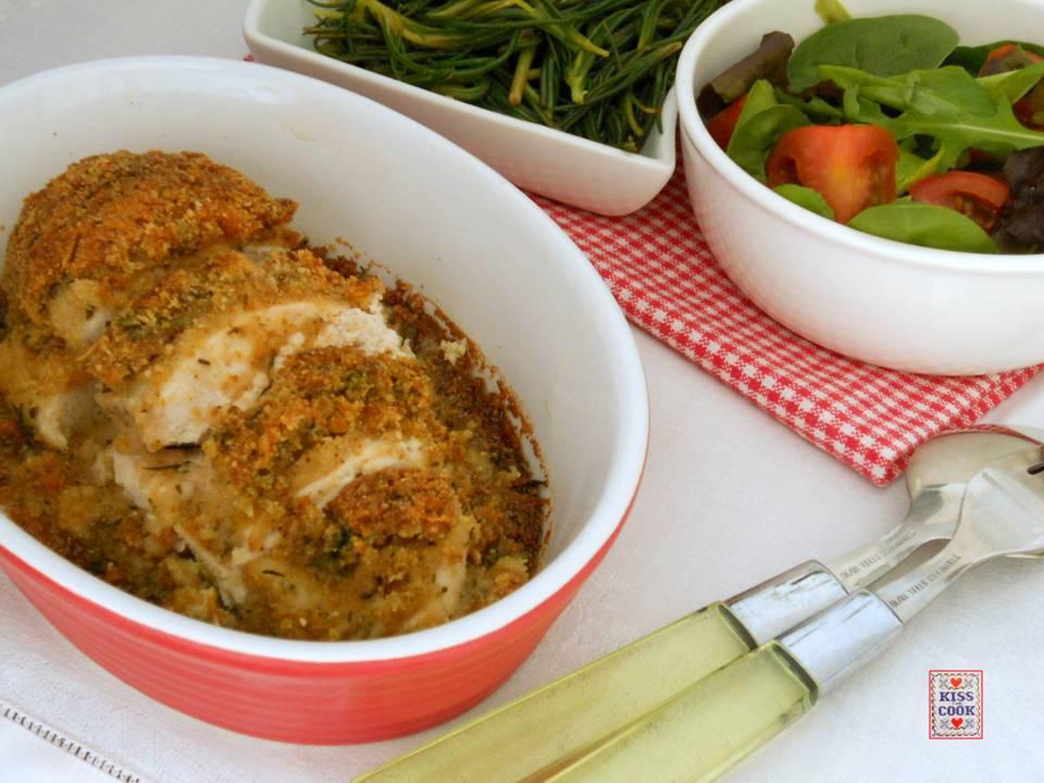 Petto di pollo in crosta di pane ed erbe