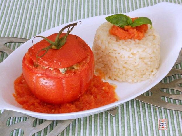pomodori ripieni di carne e riso pilaf