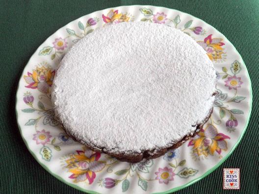 torta di patate al cioccolato e mandorle