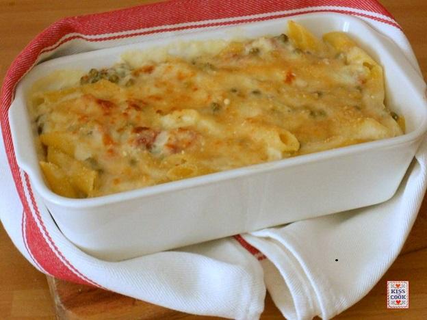 Ricetta pasta con besciamella e prosciutto