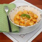 Gnocchi-di-patate-con- salsa ai peperoni