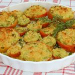 pomodori gratinati alle erbe e mozzarella