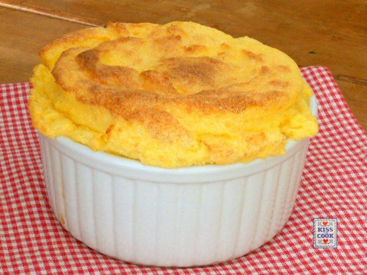 soufflé di polenta e taleggio