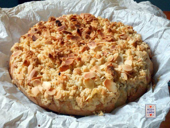 Torta di mele con sbriciolata croccante