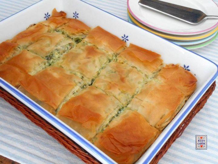 Torta con erbe di campo e pasta fillo