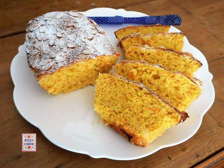 Pane dolce alle carote e farina integrale