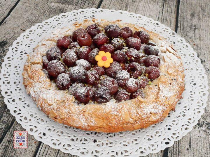 Crostata di ciliegie con farina di farro