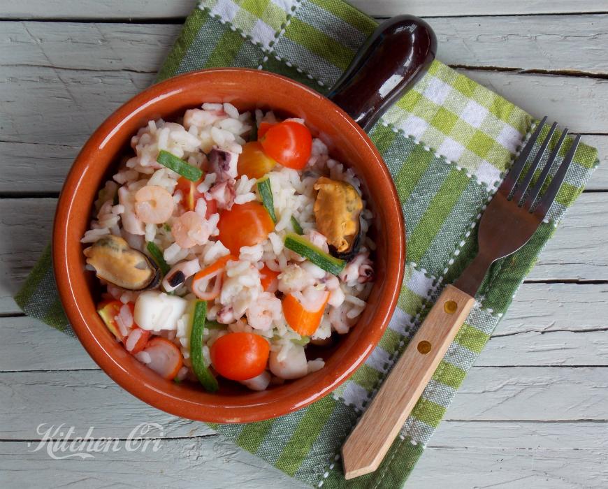 Insalata di riso con pesce, ricetta estiva
