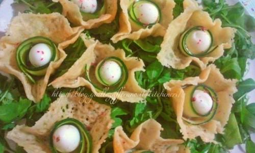 Uova di quaglia in cestini di formaggio, ricetta antipasto