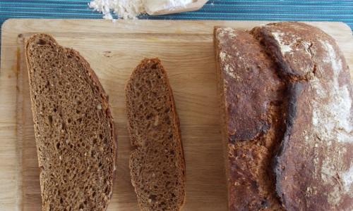 Pane cafone nero, ricetta senza impasto