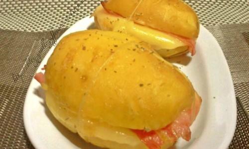 Sandwich di patate, ricetta facile e gustosa