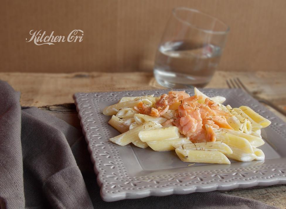 Pasta al salmone, ricetta facile e veloce