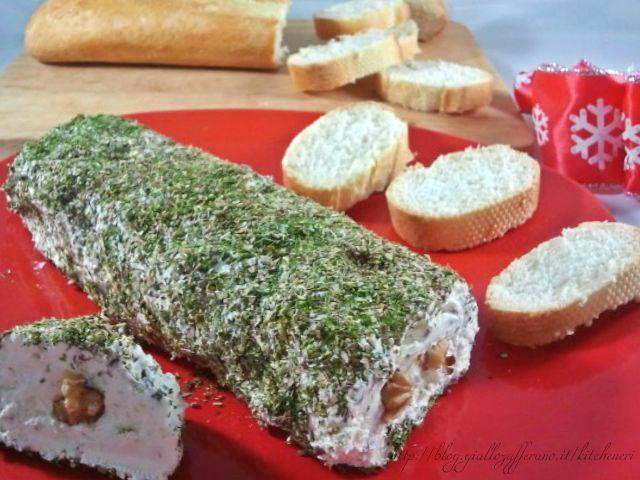 rotolo-di-formaggio-noci-e-spezie-di-kitchen-cri