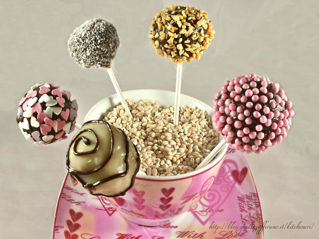 cake_pops_al_cioccolato_di_kitchen_cri-1024x768