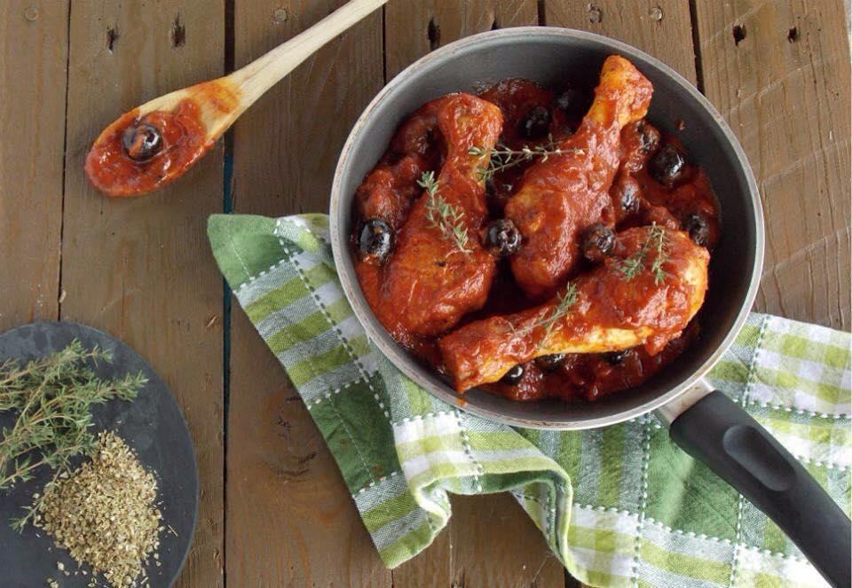 Pollo alla puttanesca, ricetta saporita