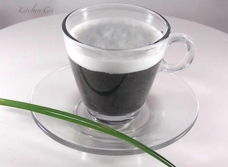 Cappuccino di patate al nero di seppia