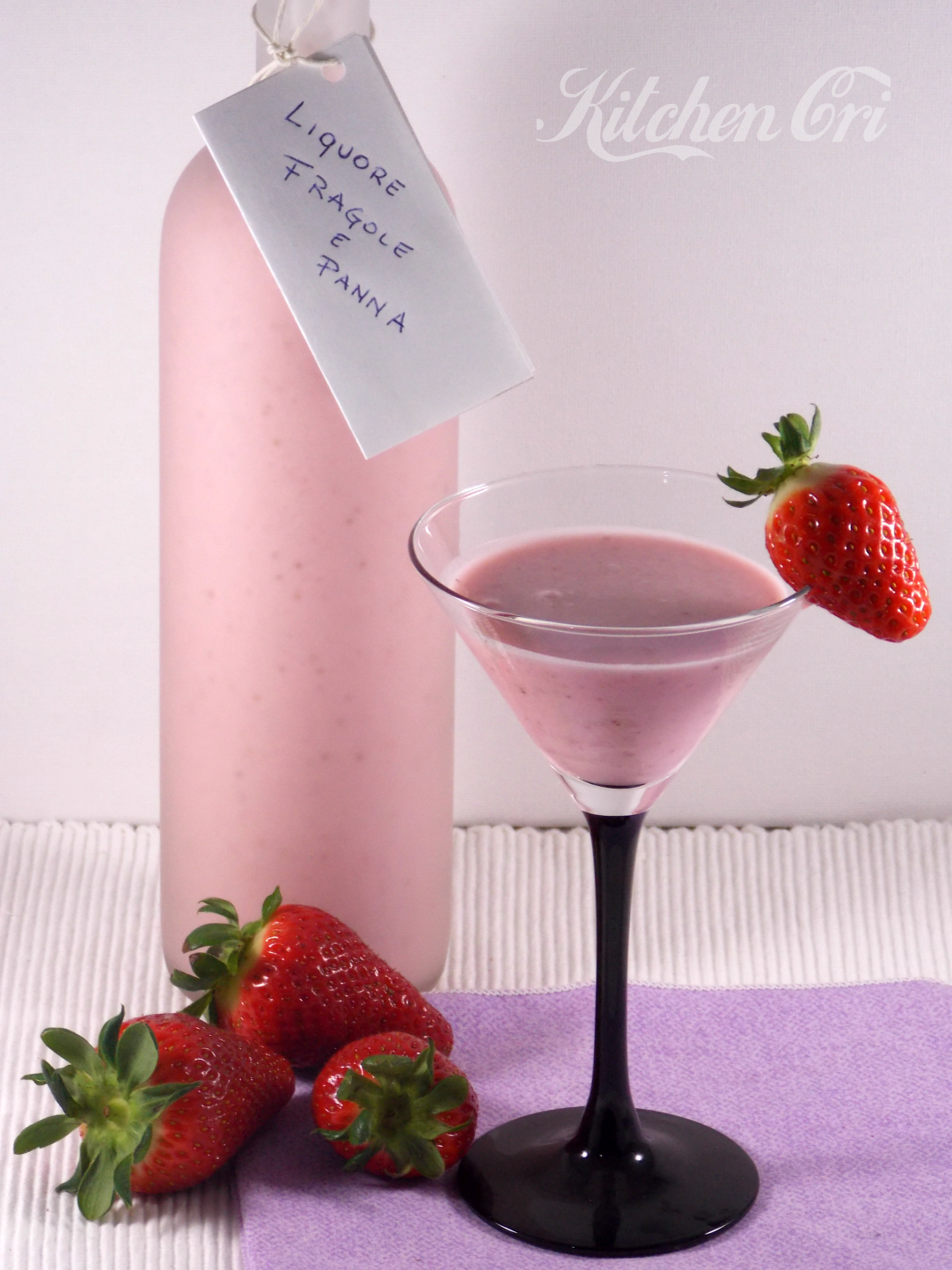 Liquore alle fragole e panna|Kitchen Cri