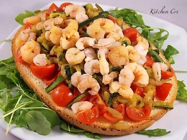 bruschetta-gamberetti-e-zucchine-di-kitchen-cri