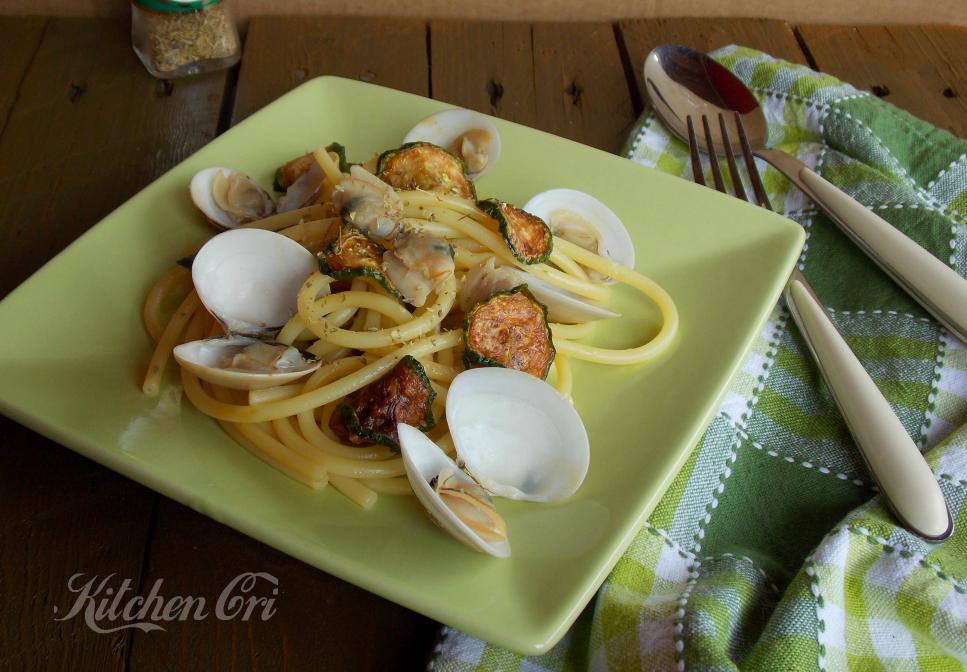 Bucatini vongole e zucchine