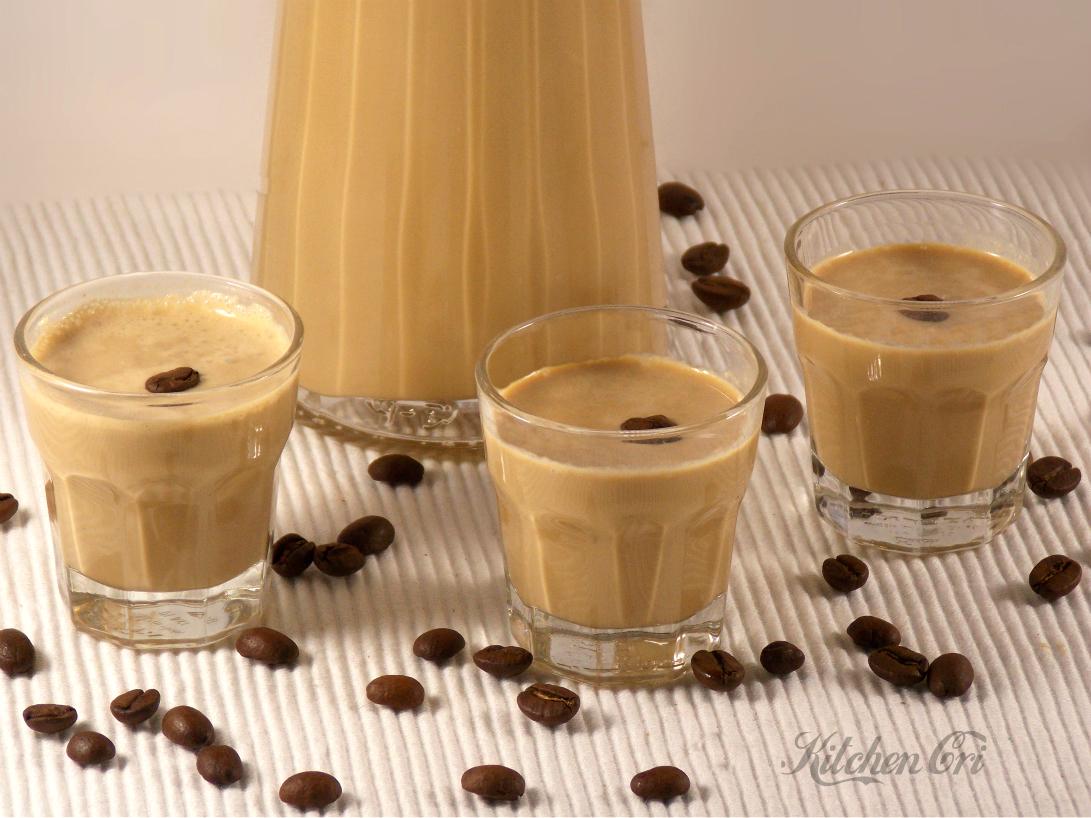 Liquore panna e caffè