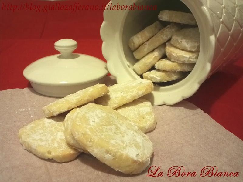 Biscotti al limone ricetta senza uova La Bora Bianca