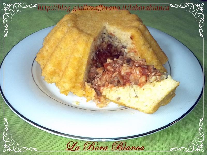 Timballo di riso con ragù di pollo | ricetta piatto unico | La Bora Bianca