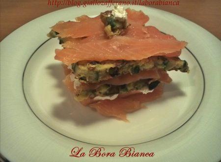 Millefoglie di salmone e zucchine, ricetta fresca e veloce