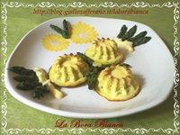 Sformatini di asparagi con fonduta di formaggi La Bora Bianca